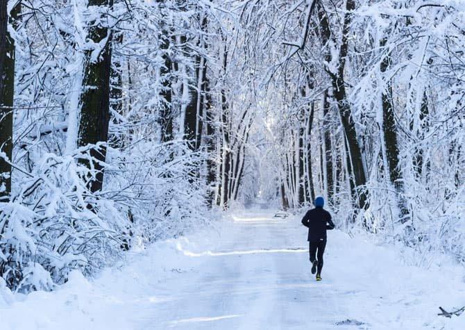 10 Tips to Make Winter Running Less Miserable